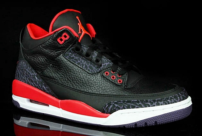 Air Jordan 3 Retro Bright Crimson