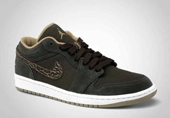 """Velvet Brown"" Air Jordan 1 Phat Low Coming Out!"