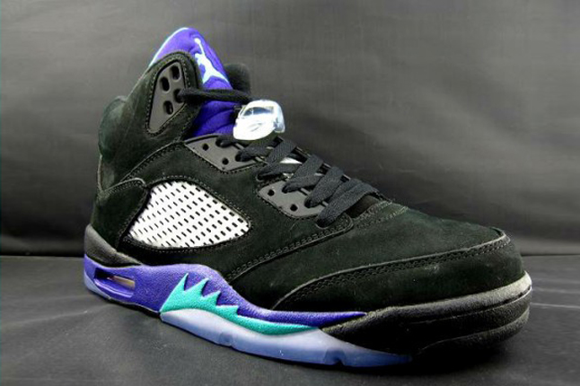 "A Look At The Air Jordan 5 ""Aqua"""