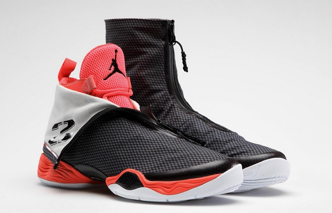 Air Jordan XX8 Carbon Fiber Now Out