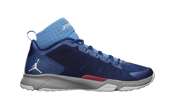"Jordan Dominate Pro ""True Blue"" Released"