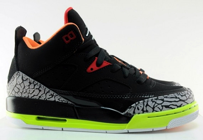 Jordan Son Of Mars Low GS In A Girl's Colorway