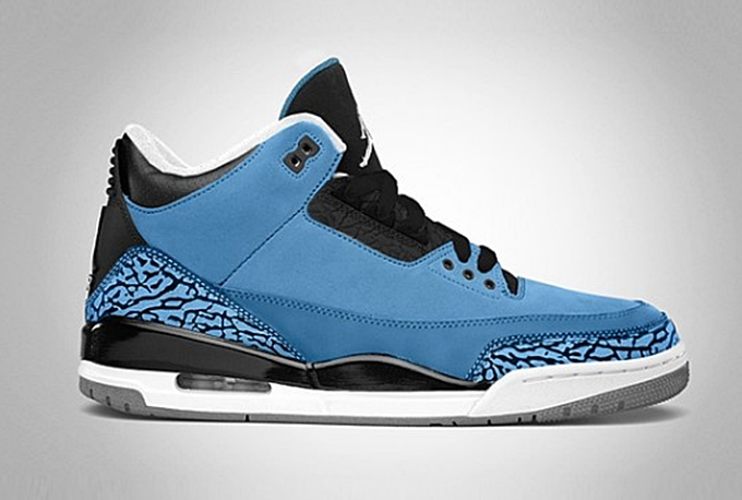 "Air Jordan 3 ""Powder Blue"" Arriving At Retailers In January 2014"
