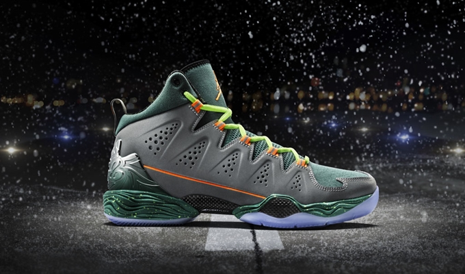 "Jordan Melo M10 ""Flight Before Christmas"" Hitting Shelves"