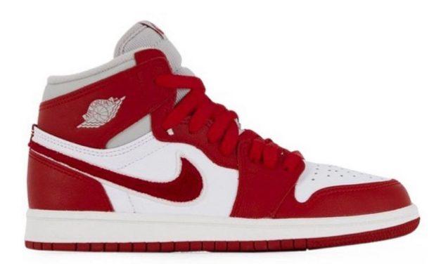 Air Jordan 1 Varsity Red WMNS DJ4891-061 Release Date